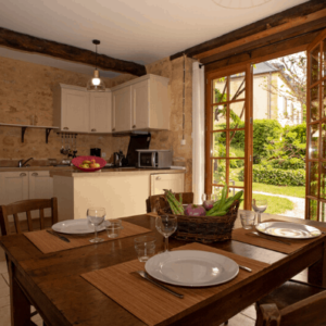 Le Rosier old stone house in Dordogne for 6 guests with pool
